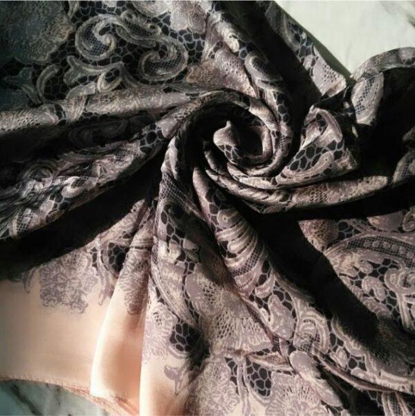 Silk Classic Hijab Peach Black